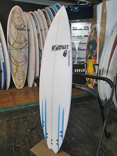 Mt Woodgee Surfboards 4 CHNNEL モデル