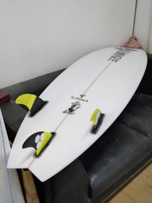 Mt woodgee サーフボード ブラックバードモデル