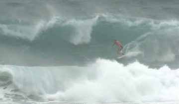Quiksilver Pro Gold Coast Round3 Bede 9.93ポイントライド