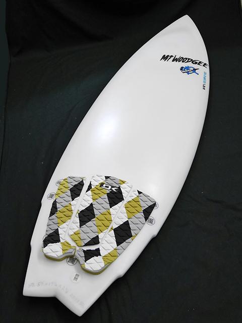#mib028 中古 Mt Woodgee Surfboards 5'9 MINI BULLET