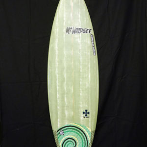 #snt054 中古 Mt Woodgee Surfboards 5'9 SAINT