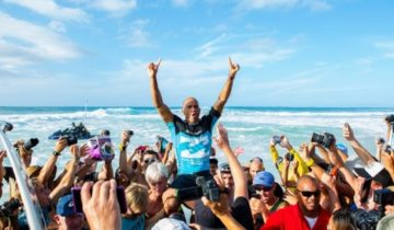 WCT 最終戦 BILLABONG PIPE MASTERS 2013