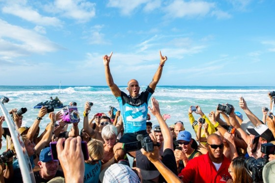 ケリー Win BILLABONG PIPE MASTERS 2013